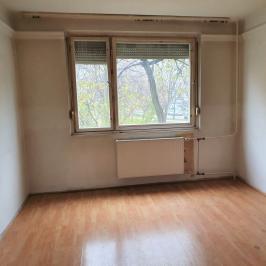 Eladó  panellakás (<span class='notranslate'>Budapest, XV.  </span>kerület) 26,99 M   <span class='notranslate'>Ft</span>