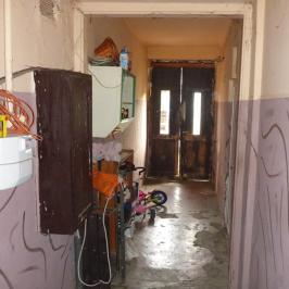 Eladó  családi ház (<span class='notranslate'>Budapest, XIV.  </span>kerület) 80 M   <span class='notranslate'>Ft</span>