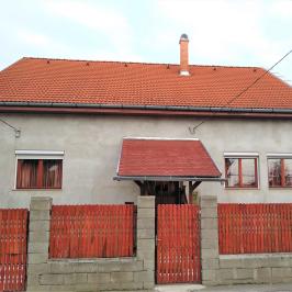 Eladó  családi ház (<span class='notranslate'>Budapest, XV.  </span>kerület) 65 M   <span class='notranslate'>Ft</span>