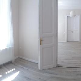 Eladó  téglalakás (<span class='notranslate'>Budapest, VII.  </span>kerület) 49,7 M   <span class='notranslate'>Ft</span>