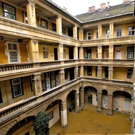 Eladó  téglalakás (<span class='notranslate'>Budapest, IX.  </span>kerület) 54,9 M   <span class='notranslate'>Ft</span>