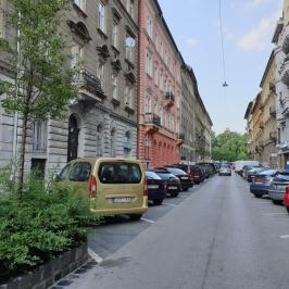 Eladó  téglalakás (<span class='notranslate'>Budapest, VII.  </span>kerület) 23,7 M   <span class='notranslate'>Ft</span>
