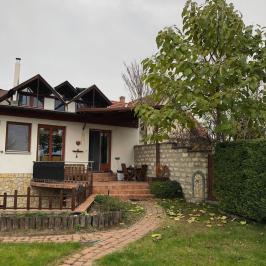 Kiadó  családi ház (<span class='notranslate'>Budapest, XXII.  </span>kerület) 835 E   <span class='notranslate'>Ft</span>/hó