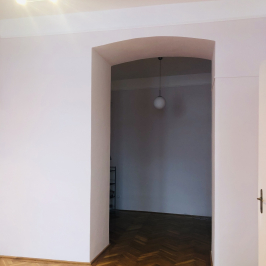 Kiadó  iroda (<span class='notranslate'>Budapest, V.  </span>kerület) 250 E   <span class='notranslate'>Ft</span>/hó