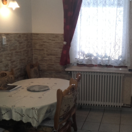 Eladó  családi ház (<span class='notranslate'>Debrecen</span>, <span class='notranslate'></span>) 40,99 M   <span class='notranslate'>Ft</span>