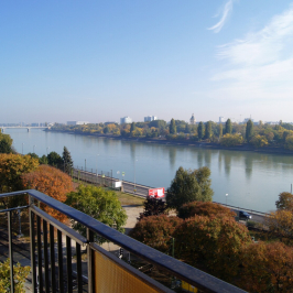 Eladó  téglalakás (<span class='notranslate'>Budapest, II.  </span>kerület) 56,5 M   <span class='notranslate'>Ft</span>