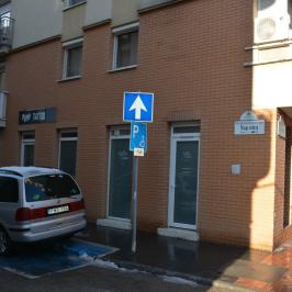 Eladó  üzlet (<span class='notranslate'>Budapest, VIII.  </span>kerület) 36 M   <span class='notranslate'>Ft</span>