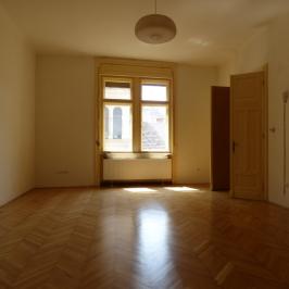 Eladó  téglalakás (<span class='notranslate'>Budapest, VIII.  </span>kerület) 62.9 M   <span class='notranslate'>Ft</span>