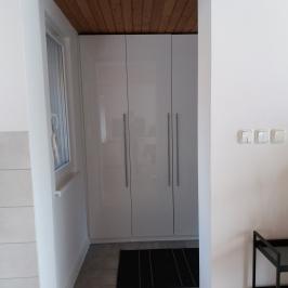 Eladó  családi ház (<span class='notranslate'>Budapest, XVI.  </span>kerület) 89,9 M   <span class='notranslate'>Ft</span>