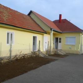 Eladó  családi ház (<span class='notranslate'>Tura</span>, <span class='notranslate'></span>) 26,8 M   <span class='notranslate'>Ft</span>