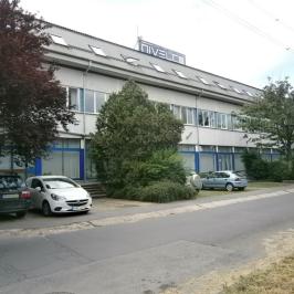 Kiadó  üzlethelyiség utcai bejáratos (<span class='notranslate'>Budapest, IV.  </span>kerület) 405,72 E   <span class='notranslate'>Ft</span>/hó +ÁFA