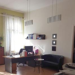 Kiadó  iroda (<span class='notranslate'>Budapest, VIII.  </span>kerület) 100 E   <span class='notranslate'>Ft</span>/hó +ÁFA