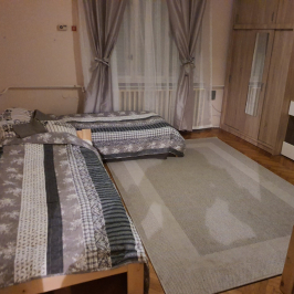 Kiadó  családi ház (<span class='notranslate'>Budapest, XX.  </span>kerület) 400 E   <span class='notranslate'>Ft</span>/hó