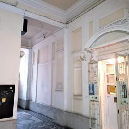 Eladó  téglalakás (<span class='notranslate'>Budapest, VI.  </span>kerület) 80.9 M   <span class='notranslate'>Ft</span>
