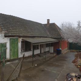 Eladó  családi ház (<span class='notranslate'>Paks</span>, <span class='notranslate'>Óváros</span>) 10,9 M   <span class='notranslate'>Ft</span>