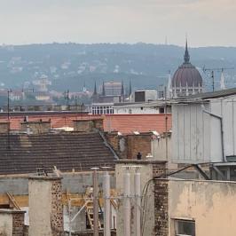 Eladó  téglalakás (<span class='notranslate'>Budapest, VI.  </span>kerület) 66 M   <span class='notranslate'>Ft</span>