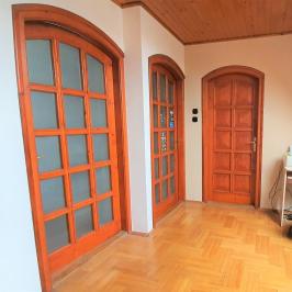 Eladó  családi ház (<span class='notranslate'>Budapest, XV.  </span>kerület) 69,9 M   <span class='notranslate'>Ft</span>