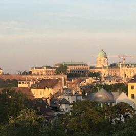 Kiadó  téglalakás (<span class='notranslate'>Budapest, I.  </span>kerület) 245 E   <span class='notranslate'>Ft</span>/hó