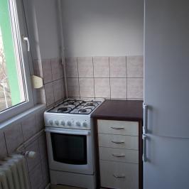 Kiadó  panellakás (<span class='notranslate'>Budapest, III.  </span>kerület) 150 E   <span class='notranslate'>Ft</span>/hó