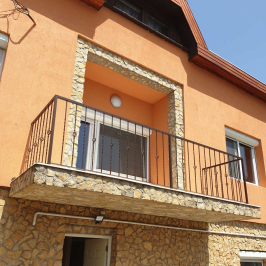 Eladó  családi ház (<span class='notranslate'>Budapest, XXIII.  </span>kerület) 85,9 M   <span class='notranslate'>Ft</span>