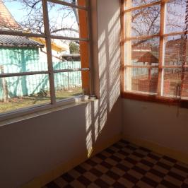 Eladó  családi ház (<span class='notranslate'>Budapest, XX.  </span>kerület) 54,2 M   <span class='notranslate'>Ft</span>