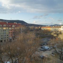 Eladó  téglalakás (<span class='notranslate'>Budapest, III.  </span>kerület) 56,5 M   <span class='notranslate'>Ft</span>