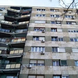 Eladó  téglalakás (<span class='notranslate'>Budapest, III.  </span>kerület) 54,7 M   <span class='notranslate'>Ft</span>