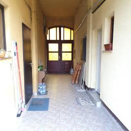 Eladó  téglalakás (<span class='notranslate'>Budapest, IV.  </span>kerület) 27,49 M   <span class='notranslate'>Ft</span>
