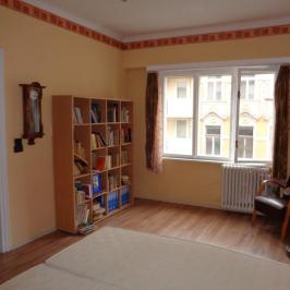 Eladó  téglalakás (<span class='notranslate'>Budapest, IX.  </span>kerület) 60,9 M   <span class='notranslate'>Ft</span>