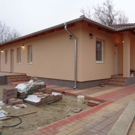 Eladó  családi ház (<span class='notranslate'>Szigethalom</span>, <span class='notranslate'>Központ</span>) 42,9 M   <span class='notranslate'>Ft</span>