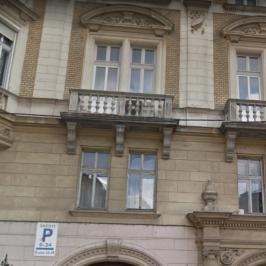 Eladó  téglalakás (<span class='notranslate'>Budapest, VI.  </span>kerület) 125 M   <span class='notranslate'>Ft</span>