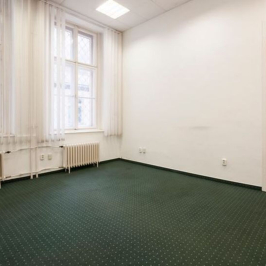 Kiadó  iroda (<span class='notranslate'>Budapest, V.  </span>kerület) 656,1 E   <span class='notranslate'>Ft</span>/hó