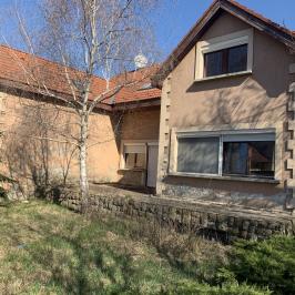 Eladó  családi ház (<span class='notranslate'>Budapest, XVIII.  </span>kerület) 79,9 M   <span class='notranslate'>Ft</span>