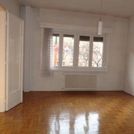 Eladó  téglalakás (<span class='notranslate'>Budapest, VIII.  </span>kerület) 46.5 M   <span class='notranslate'>Ft</span>