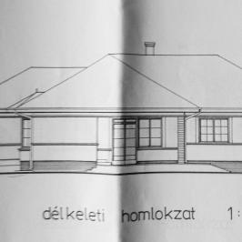 Eladó  családi ház (<span class='notranslate'>Csomád</span>, <span class='notranslate'></span>) 58,6 M   <span class='notranslate'>Ft</span>