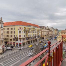 Eladó  téglalakás (<span class='notranslate'>Budapest, VIII.  </span>kerület) 118 M   <span class='notranslate'>Ft</span>