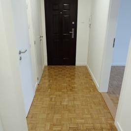 Eladó  panellakás (<span class='notranslate'>Budapest, III.  </span>kerület) 31,9 M   <span class='notranslate'>Ft</span>