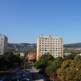 Eladó  panellakás (<span class='notranslate'>Budapest, III.  </span>kerület) 33,9 M   <span class='notranslate'>Ft</span>