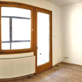 Kiadó  téglalakás (<span class='notranslate'>Budapest, VIII.  </span>kerület) 225 E   <span class='notranslate'>Ft</span>/hó