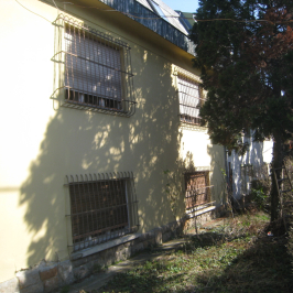 Eladó  családi ház (<span class='notranslate'>Budapest, XIV.  </span>kerület) 98 M   <span class='notranslate'>Ft</span>