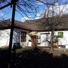 Eladó  családi ház (<span class='notranslate'>Vác</span>, <span class='notranslate'>Belváros</span>) 59 M   <span class='notranslate'>Ft</span>