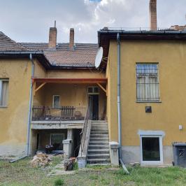 Eladó  családi ház (<span class='notranslate'>Budapest, XI.  </span>kerület) 249 M   <span class='notranslate'>Ft</span>