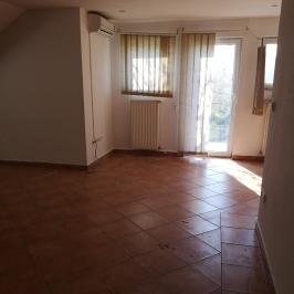 Eladó  iroda családi házban (<span class='notranslate'>Budapest, XX.  </span>kerület) 34.9 M   <span class='notranslate'>Ft</span>