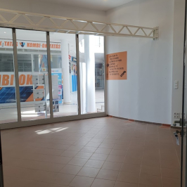 Eladó  üzlethelyiség üzletházban (<span class='notranslate'>Budapest, XVII.  </span>kerület) 20.5 M   <span class='notranslate'>Ft</span>