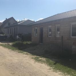 Eladó  családi ház (<span class='notranslate'>Dunavarsány</span>, <span class='notranslate'>Kisvarsány</span>) 33,9 M   <span class='notranslate'>Ft</span>