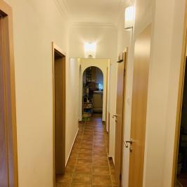 Eladó  panellakás (<span class='notranslate'>Budapest, III.  </span>kerület) 39 M   <span class='notranslate'>Ft</span>