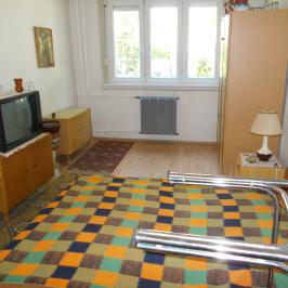 Eladó  panellakás (<span class='notranslate'>Budapest, XIV.  </span>kerület) 28,5 M   <span class='notranslate'>Ft</span>
