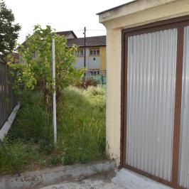 Eladó  ikerház (<span class='notranslate'>Budapest, XXI.  </span>kerület) 35.5 M   <span class='notranslate'>Ft</span>