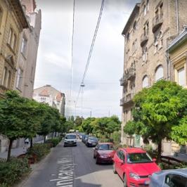 Kiadó  téglalakás (<span class='notranslate'>Budapest, VI.  </span>kerület) 270 E   <span class='notranslate'>Ft</span>/hó