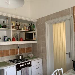 Eladó  családi ház (<span class='notranslate'>Budapest, XIV.  </span>kerület) 65 M   <span class='notranslate'>Ft</span>